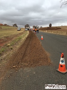 PolyCom stabilising road shoulders